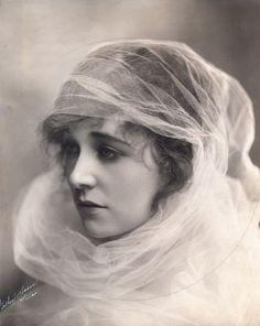 Ethel Clayton (1882-1966) Diễn viên phim câm người Mỹ