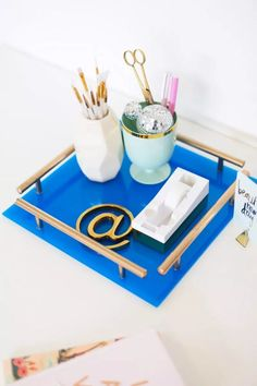 How to Make a Gold Bar Acrylic Tray!