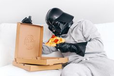 The Daily Life Of Darth Vader By Paweł Kadysz Bialystok Poland - Everybody Has To Eat - Dark Side - Star Wars - Sith Lord - The Emperor - Photo Project