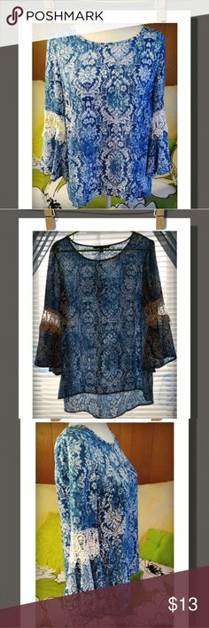 Top Really nice high-low top with bell sleeves&lace, nice&light&flowy. LIKE NEW 100% Polyester Combo: 70% Cotton, 30% Polyester Zac&Rachel Tops