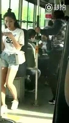 Tưởng lấy được của Chị mà dễ à? :v  Link Youtube xem nhanh: http://ngamvnn.com/photo/77409 Xem nhiều clip hay, hot tại: http://ngamvnn.com/clip