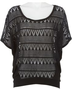 Eyeshadow zigzag crochet dolman top - a summer staple!