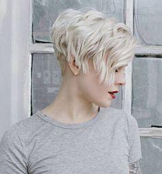 Met deze 10 blonde korte kapsels krijg jij vanzelf de zomer in je bol! - Kapsels voor haar