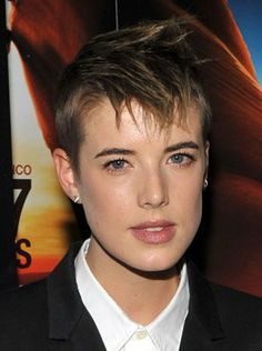 Feb British Actress, Agyness Deyn was born. She is known for Clash of the Titans British Actresses, British Actors, Sunset Song, Movies To Watch Now, Agyness Deyn, Clash Of The Titans, Very Short Hair, Calvin Harris, Films