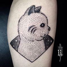Tatuagem da Veridiana, feita domingão na inauguração da Traço Nobre.  ---------------- #broncotattoo #tattoo #tatuagem #tattoaria #pontilhismo #dotwork #blackwork #blackworkerssubmission #darkartists #btattooing #curitiba #onlyblackart #inkstinctsubmission #tattrx #Equilattera #tattoodo #ideafixa #electricink #theartoftattoos #InspirationTatto #tattoo2me #blackboldsociety