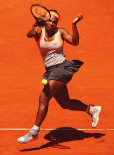 Tennis ATP and WTA - news from tennis world Women Athletes, American Athletes, Female Athletes, Human Poses Reference, Drawing Reference, Serina Williams, Venus And Serena Williams, Wonder Twins, Tennis Legends