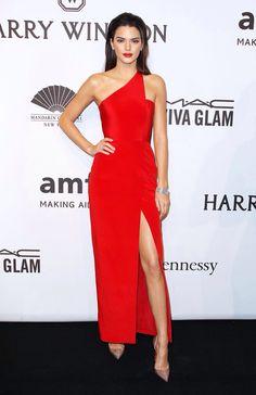 Kendal Jenner ... Wow just wow! #redcarpet #reddress