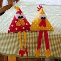 Hledání zboží: slepičky / Zboží | Fler.cz Paper Crafts For Kids, Felt Crafts, Easter Crafts, Crafts To Make, Fabric Crafts, Sewing Crafts, Sewing Projects, Arts And Crafts, Diy Projects