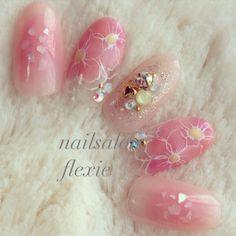 ネイル 画像 nailsalon FLEXIE 1581466 オレンジ ピンク チーク フラワー シェル 夏 リゾート デート ソフトジェル