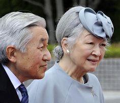 Los emperadores de Japón inician su visita a la provincia de Okinawa #realeza #royals #royalty