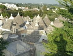 Find a personal tour guide in Alberobello: Private Guide  https://pg.world/countries/italy/city/guides?city_id=56032c95c8e69a883b94a18f