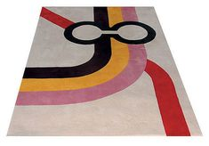 London Underground Rug (2005 by Tony Davis) feature the original London Underground diagram designed by Harry Beck in 1931.