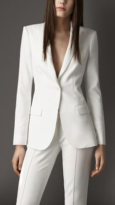 Dazzling Wedding Dresses The Latest Trends And Ideas. Spectacular Wedding Dresses The Latest Trends And Ideas. White Pant Suit Women, White Suits, Suits For Women, Women Wear, Clothes For Women, White Tux, Business Outfits, Business Attire, Office Outfits