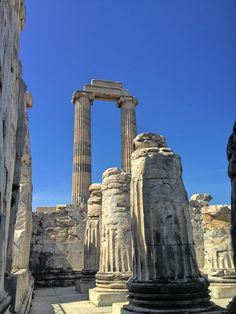 Columns against years, Apollon Temple, Didim, Aydin, Turkey Copyright: Isfendiyar Anafarta