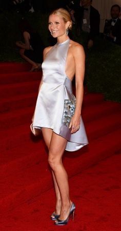 Prada @ Met Gala ... not my style but interesting, looks great on Gwyneth Paltrow