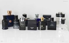 Check out the best men's fragrances to attract women! These aftershaves and colognes are the scents which will get you the most compliments from the ladies. Best Perfume For Men, Best Fragrance For Men, Best Fragrances, Nice Perfumes, Best Mens Cologne, Men's Aftershave, Perfume Packaging, How To Look Rich, Dior