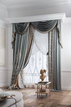 The presence of home curtains not only plays an important role in maintaining the privacy of residents but also in adding interior aesthetic value. The selection of home curtains should be adjusted… Fancy Curtains, Classic Curtains, Luxury Curtains, Elegant Curtains, Beautiful Curtains, Home Curtains, Curtains Living, Curtains With Blinds, Curtain Panels