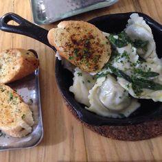Mushroom ravioli with garlic bread #nomnom