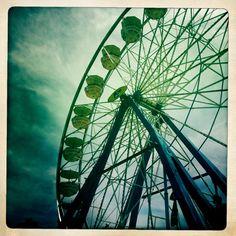 * Ferris wheel
