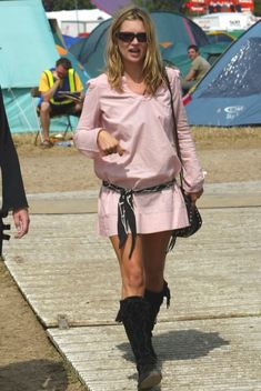 A History Of Kate Moss At Glastonbury
