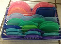 How to tame those unruly Tupperware lids? DIY tupperware lid storage using a basket and drying rack! Organisation Hacks, Kitchen Organization, Kitchen Storage, Storage Organization, Storage Ideas, Organizing Ideas, Organising, Kitchen Pantries, Creative Storage