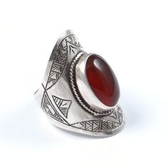 Inel argint și cornalină, Sahara #metaphora #silverjewelry #tuaregjewelry #ring #carnelian Handcrafted Jewelry, Gemstone Rings, Silver Rings, Gemstones, Jewellery, Style, Carnelian, Handmade Chain Jewelry, Swag
