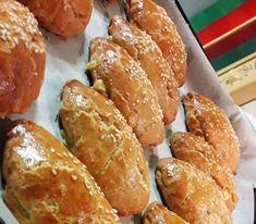 Good Food, Yummy Food, Delicious Recipes, Greek Recipes, Pretzel Bites, Bakery, Bread, Snacks, Savoury Pies