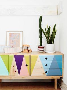 Un mueble aburrido? añádele color #diy