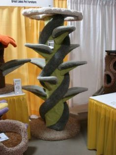Modern look Cool Cat Trees, Cool Cats, Cat Gym, Cat Info, Pet Furniture, Cat Decor, Cat People, Cat Scratching, Great Lakes