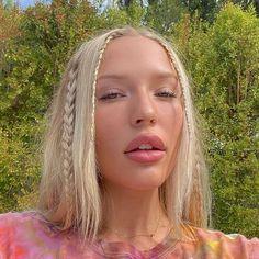 Hair Inspo, Hair Inspiration, 90s Grunge Hair, Grunge Haircut, Grunge Hairstyles, Soft Grunge Hair, 90s Hairstyles, Grunge Girl, Hair Streaks