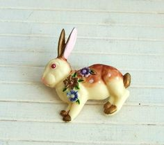 Rabbit Brooch .. bunny brooch vintage style by beadishdelight