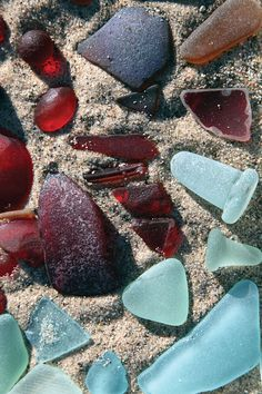 All the red and light blues!!  Special!! I seem to always find greens.   Sea Glass, Delaware