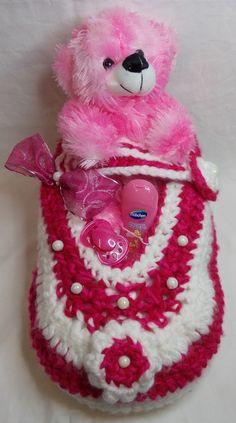 Windeltorte Geschenk zur Geburt Taufe XXL Babyschuh Mädchen Handarbeit