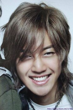 Kim Hyun Joong 김현중 ♡ adorable ♡ smile ♡ Kpop ♡ Kdrama ♡ long hair ♡