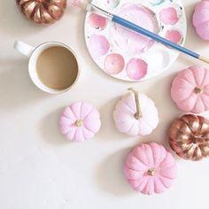 Pink and Copper Pumpkins / Festivities / Halloween / Fall & Autumn Décor / DIY Pink Pumpkin Party, Diy Pumpkin, Pumpkin Crafts, Baby In Pumpkin, Little Pumpkin, Pumpkin Ideas, Pumpkin Spice, Pink Halloween, Holidays Halloween