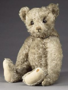 Steiff Teddy....I had this poster in my bedroom