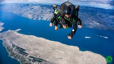 Tandem skydiving, climbing, kayaking, flying and more adrenaline tours. Book active holiday on amazing location with top rated adventure company in Croatia. Bucket List Life, Summer Bucket Lists, Base Jumping, Bungee Jumping, Teenage Bucket Lists, Mall Of America, Hang Gliding, Parasailing, Skydiving