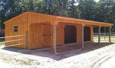 Sunset Barns sells quality Run In Shed horse barns which are ideal for pastured horses. Horse Shed, Horse Barn Plans, Horse Stalls, Horse Horse, Horse Tips, Simple Horse Barns, Barn Layout, Backyard Barn, Horse Shelter