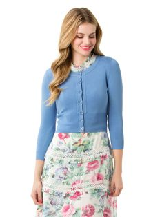 Pretty Outfits, Stylish Outfits, Stylish Clothes, Floral Fashion, Vintage Fashion, Cardigan Design, Dress With Cardigan, Mom Style, Skirts