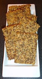 """Low Carb High Fat diet: """"Bread"""" / Crackers (very low carb!)"""