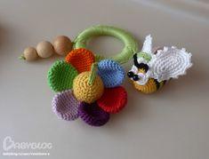 Новенькие и немного повтора... - Рукоделие - Babyblog.ru Crochet Baby Toys, Crochet Food, Crochet Bunny, Crochet Yarn, Easy Crochet Patterns, Baby Patterns, Baby Shower Baskets, Newborn Toys, Baby Rattle