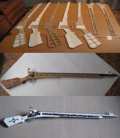 Replica del mosquete del personaje de manga Mami Tomoe. Realizado Con planchas de MD y madera de balsa. Tiene una longitud de 117 cm. y un peso de 650 g.