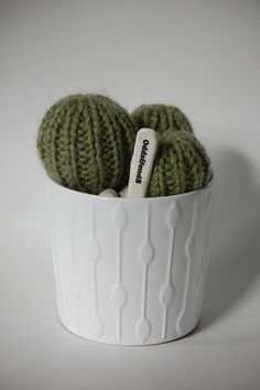 TRIO BALL - Hand Knitted Cactus in Ceramic Pot