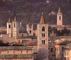 #dovelatuabaccoreunion #baccoreunion #ascolipiceno Ascoli Piceno, mai stati/e? http://www.comuneap.gov.it/flex/cm/pages/ServeBLOB.php/L/IT/IDPagina/208 Ascoli Piceno candidata Regione Marche a Bacco Reunion primavera 2015.