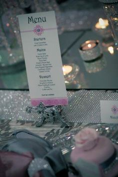 Pink glamour table decor