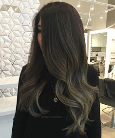 Love this hair color! Korean Hair Color Brown, Brown Hair Colors, Hair Colours, Brown Hair Balayage, Caramel Balayage, Voluminous Hair, Playing With Hair, Love Hair, Dark Hair