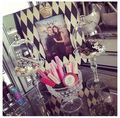 lovely organize makeup & jewellery