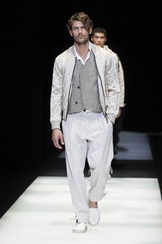 Giorgio Armani | Menswear - Spring 2018 | Look 20