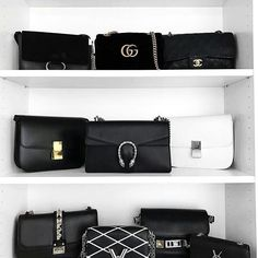 A Chanel handbag is anticipated to get trendy. So how could you get a Chanel handbag? Luxury Bags, Luxury Handbags, Chanel Handbags, Purses And Handbags, Dior, Fashion Accessories, Women Accessories, Jewelry Accessories, Fashion Jewelry