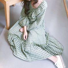 Simple Outfits, Simple Dresses, Pretty Outfits, Pretty Dresses, Casual Dresses, Modern Hijab Fashion, Korean Fashion Trends, Minimal Fashion, Anime Dress